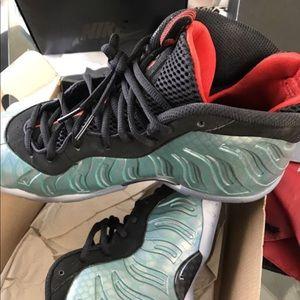 Shoes - Size 7Y Foamposites